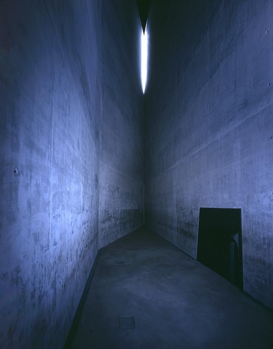 holocaust_turm_innenansicht_galleryimage